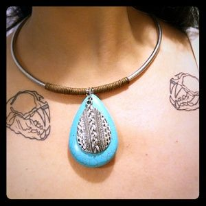 Jewelry - Silver Collar Costume Necklace Turquoise Pendant